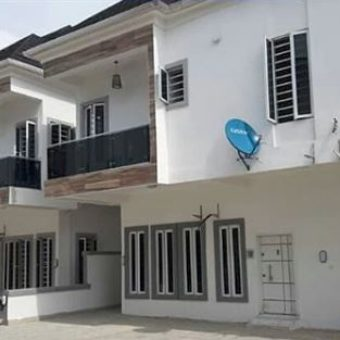 4 bedroom semi-detached duplex, Lafiaji, Lekki, Lagos State