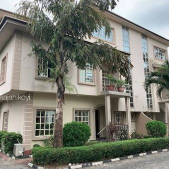 4 bedroom semi detached House, Lekki Phase1, Lagos.