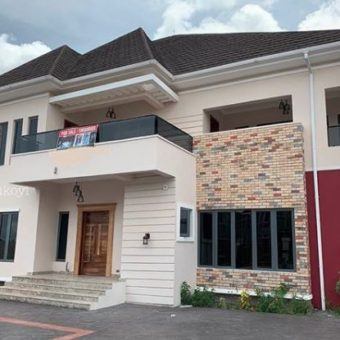 Luxurious Executive & Exquisite 6 Bedroom Mansion, Pinnock Beach Estate Osapa London Lekki.