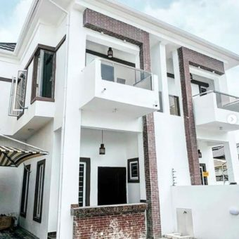 4 Bedrooms Semi-detached Duplex, Ikota, Lekki